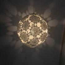 Pretex_haakwerk_Mandalini_buiten_lamp haken